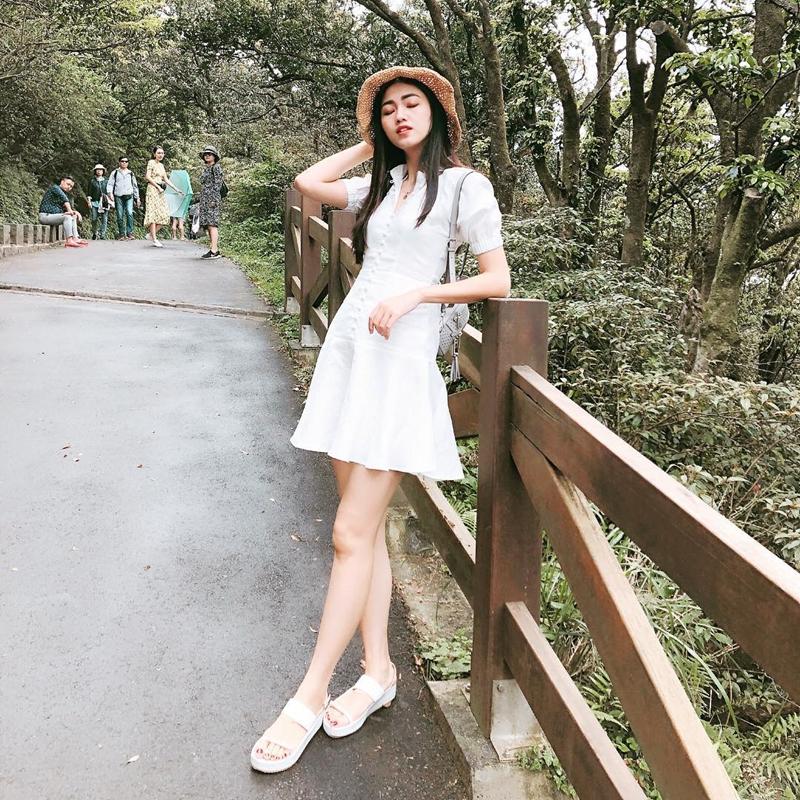 #1. Tạp chí Đẹp Top 1 về thời trang Váy đầmphụ san của Báo Ảnh Việt Nam 3