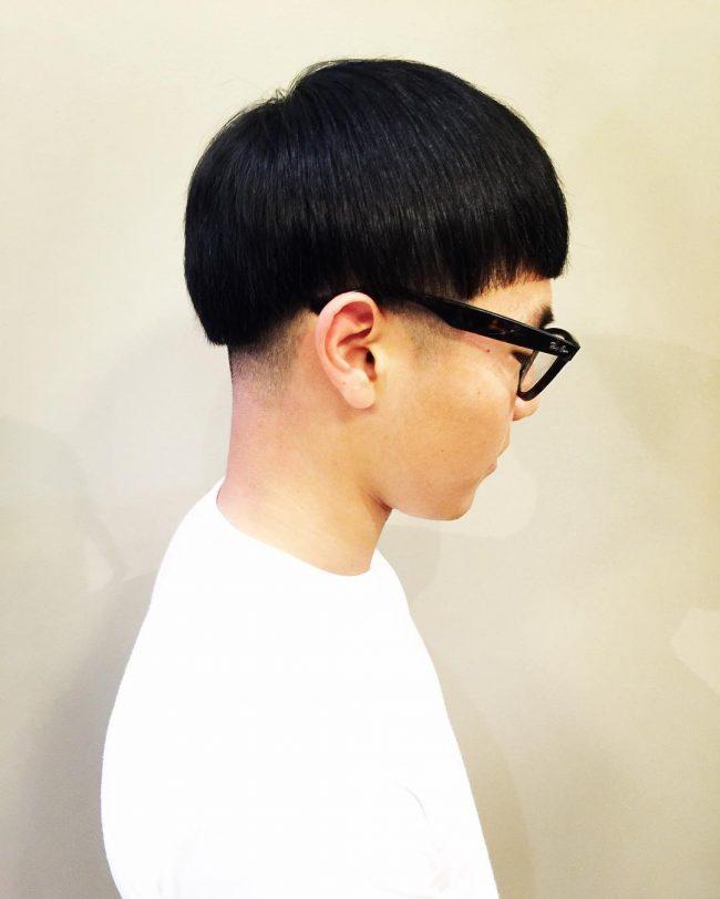 Kiểu tóc Đầu Nấm đen cắt Taper Fade