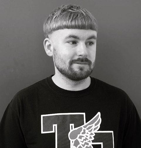 Kiểu tóc Đầu Nấm cắt úp bát