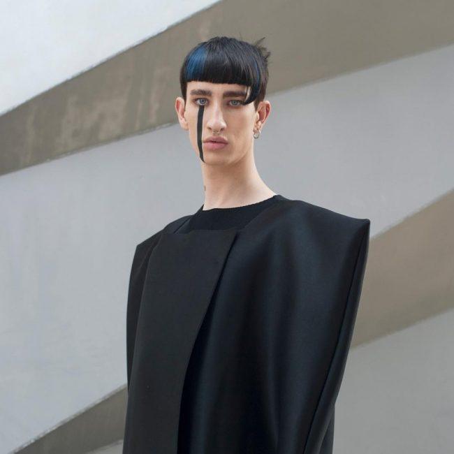 Kiểu cắt Đầu Nấm phá cách thời trang