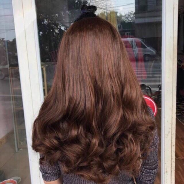 kiểu tóc uốn đuôi